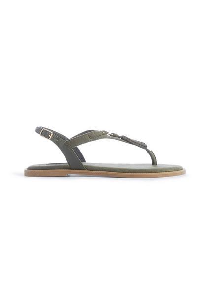 Khakifarbene Sandalen mit Quasten