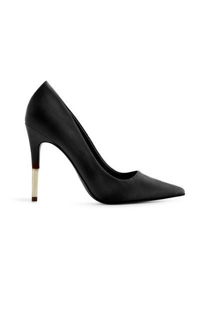 Schwarze Stilettos