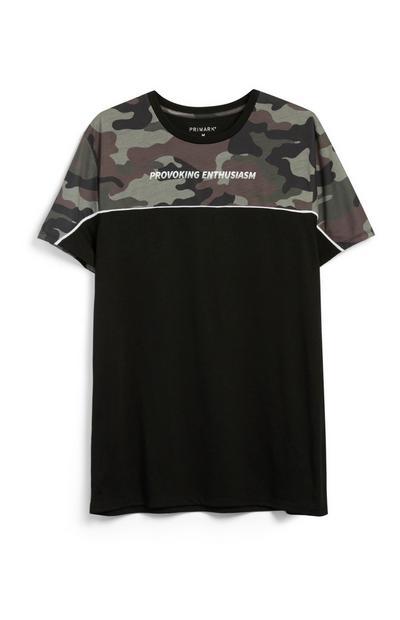 Schwarzes T-Shirt mit Tarnmuster