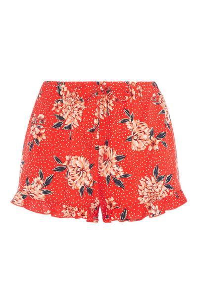 Rote Shorts mit Blumenmuster