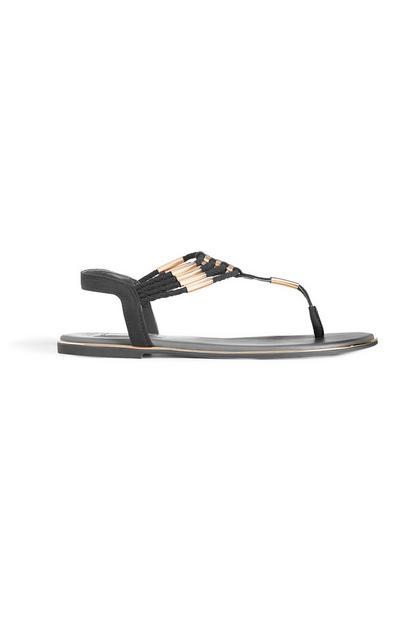 Schwarze Sandalen mit Zierperlen