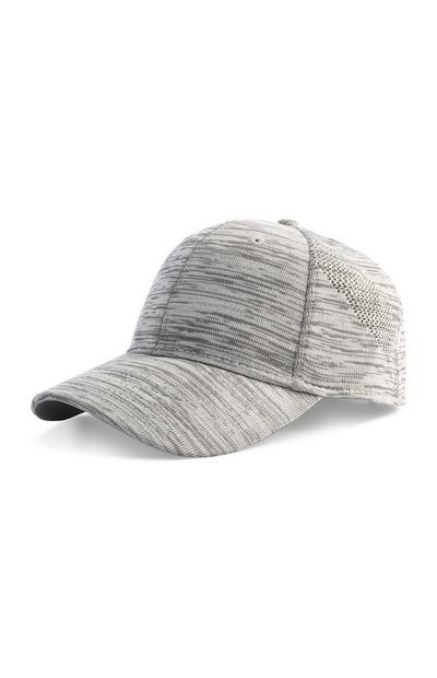 Graue Mütze