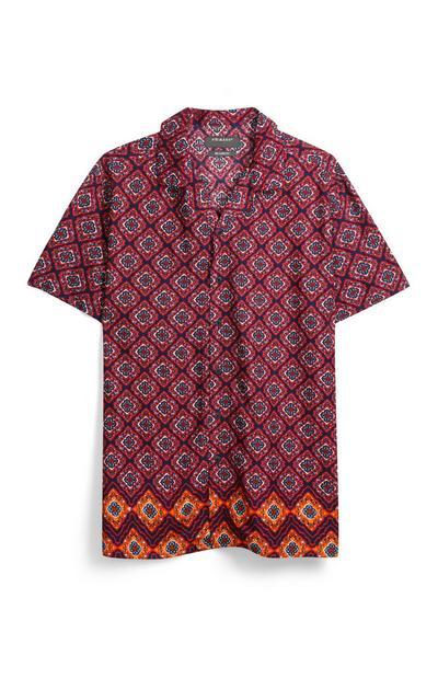 Rot gemustertes Hemd