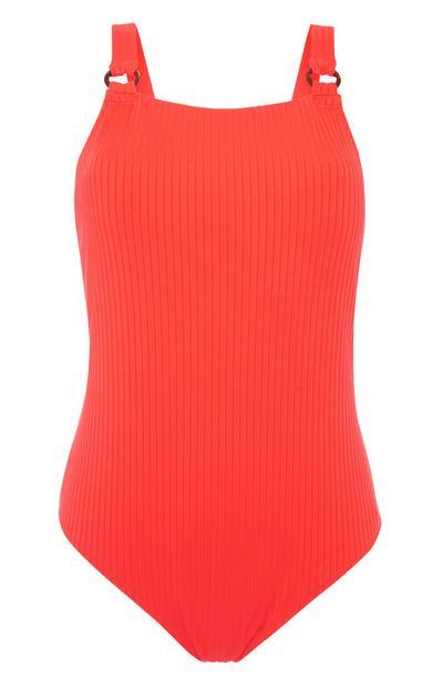 Roter, gerippter Badeanzug