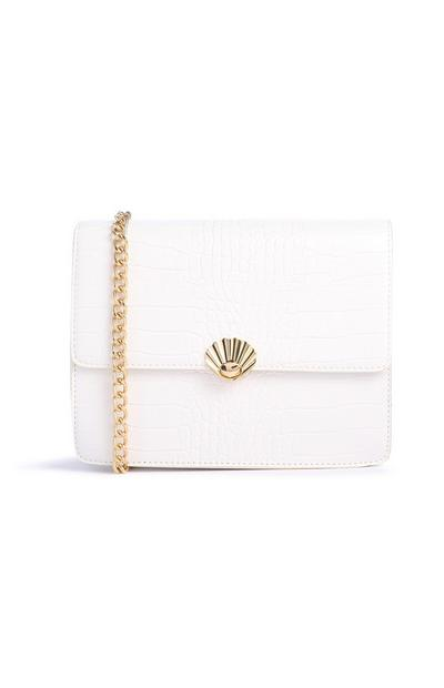 Weiße Tasche mit Muster und Ziermuschel