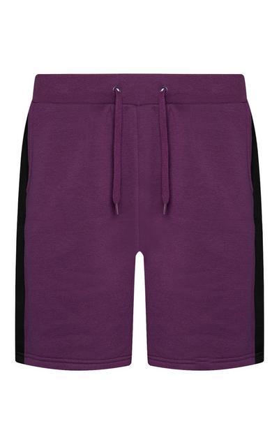 Lilafarbene Shorts