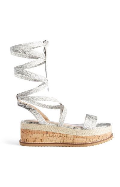 Flatform-Sandalen mit Beinschnürung