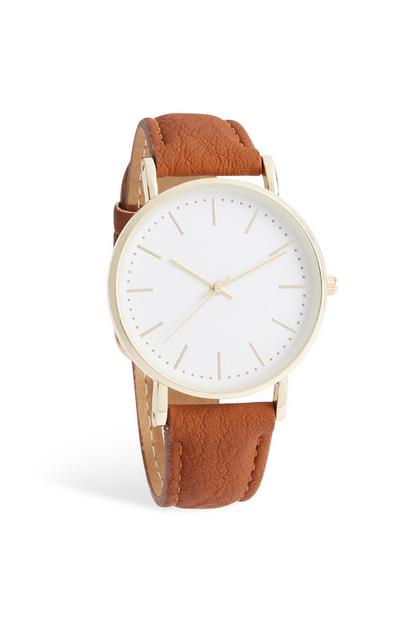 Uhr mit braunem Armband