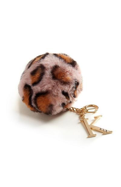 Schlüsselanhänger mit Pompon und Buchstabe K