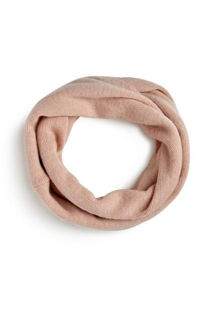 Roséfarbener Loop-Schal