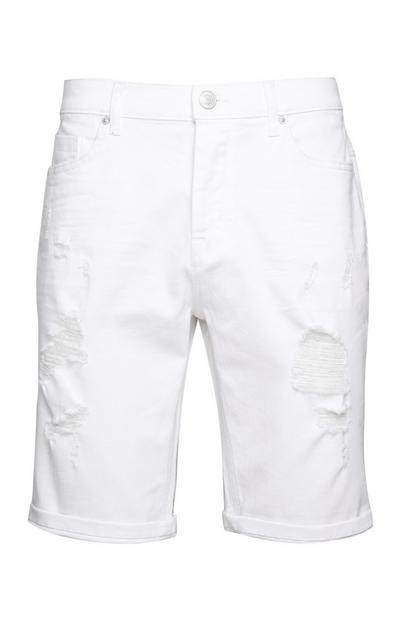 Weiße Shorts im Used-Look