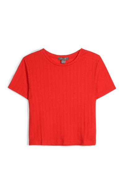 T-Shirt mit roten Streifen