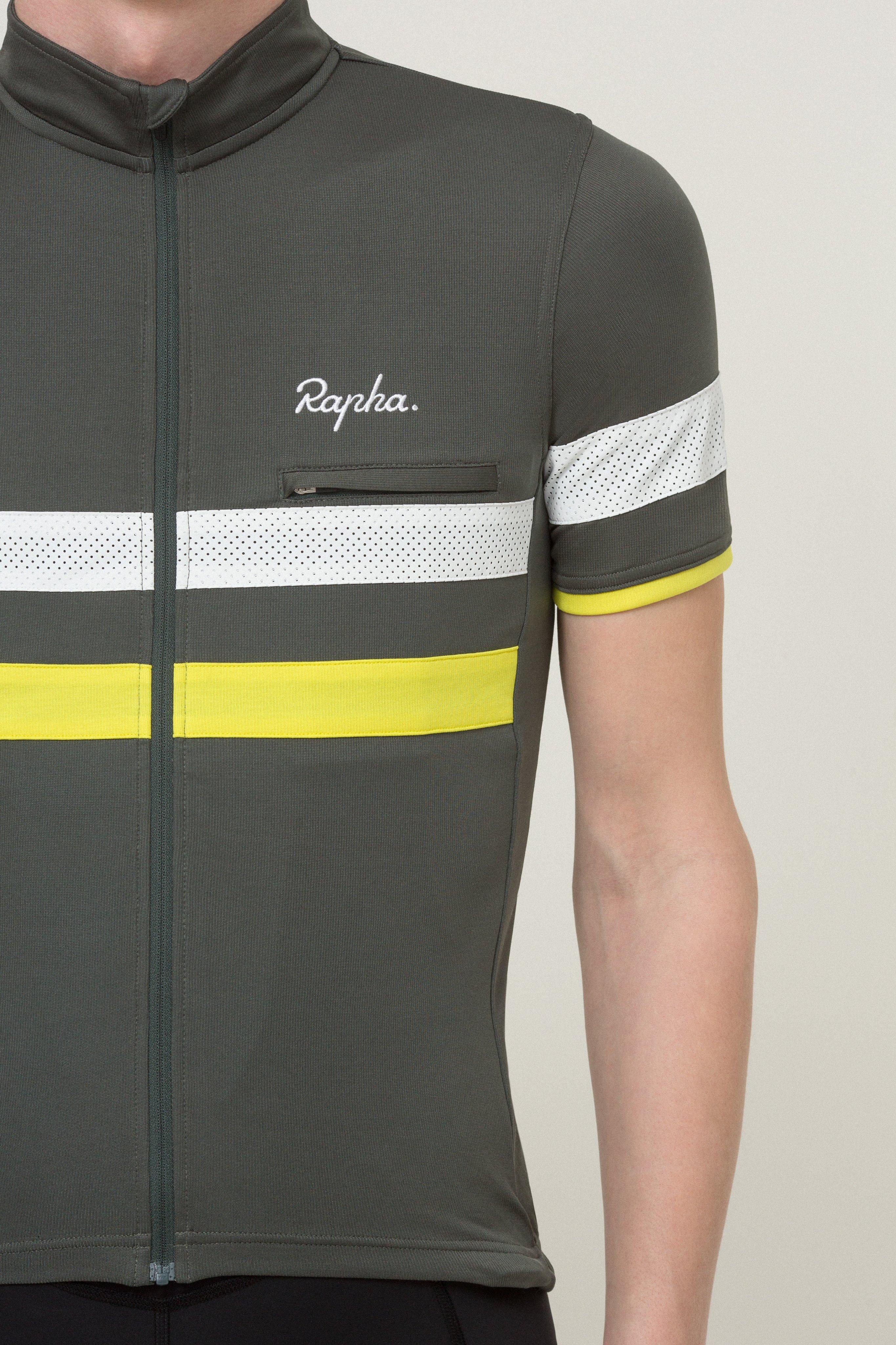 Hi-vis stripes for low-light visibility 26e0e66bb