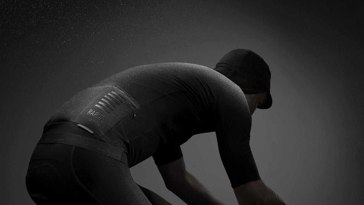 Shadow: a revolution in racewear