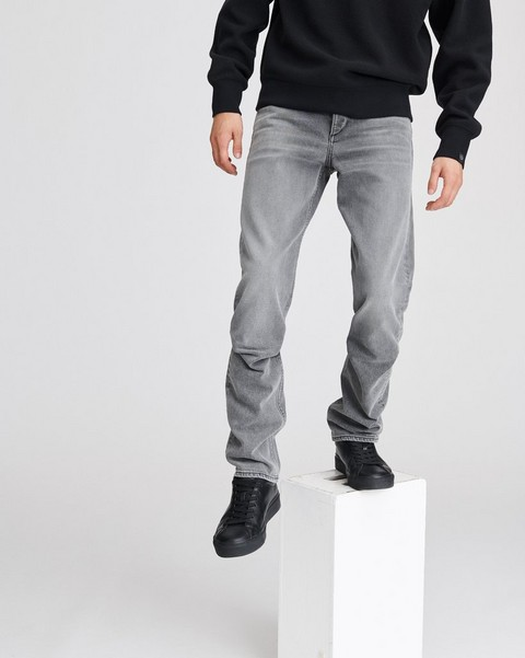 RAG & BONE FIT 3 IN GREYSON