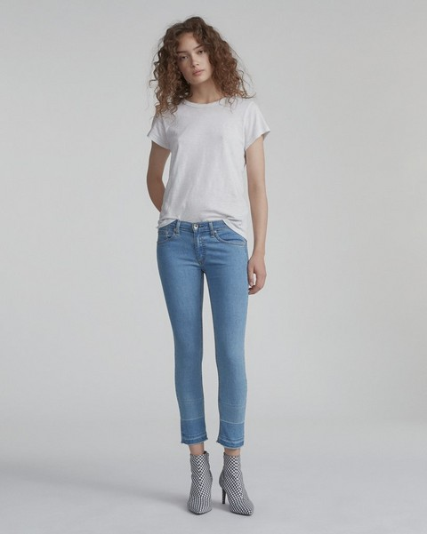 d0e0f77fd20 Women s Sale Jeans