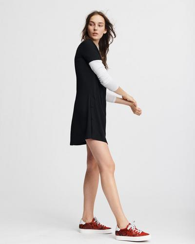 8b4c6943ece8 AIDEN TEE SHIRT DRESS. Image description