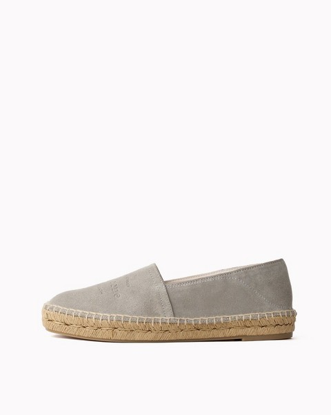 f8ed9ebfa198 Womens Shoes  Boots to Loafers to Sandals with an Urban Edge