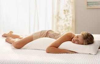 TEMPUR Long Hug Pillow