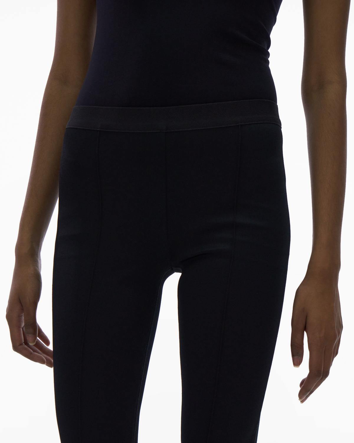 Ribbed Cropped Flare Legging