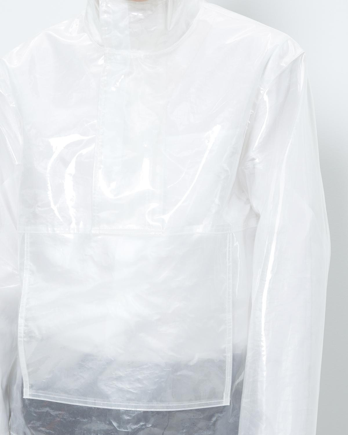 CLEAR POCKET PULLOVER