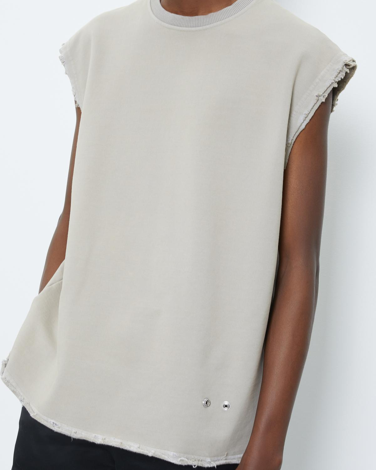 DISTRESSED SLEEVELESS TEE