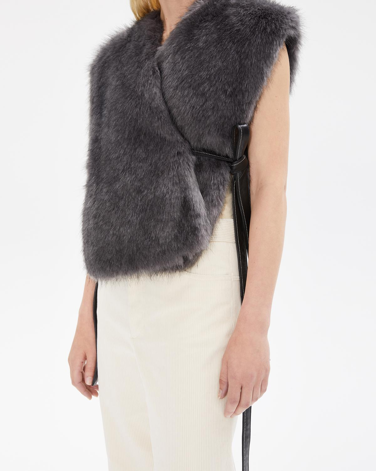 FAUX FUR WAIST COAT
