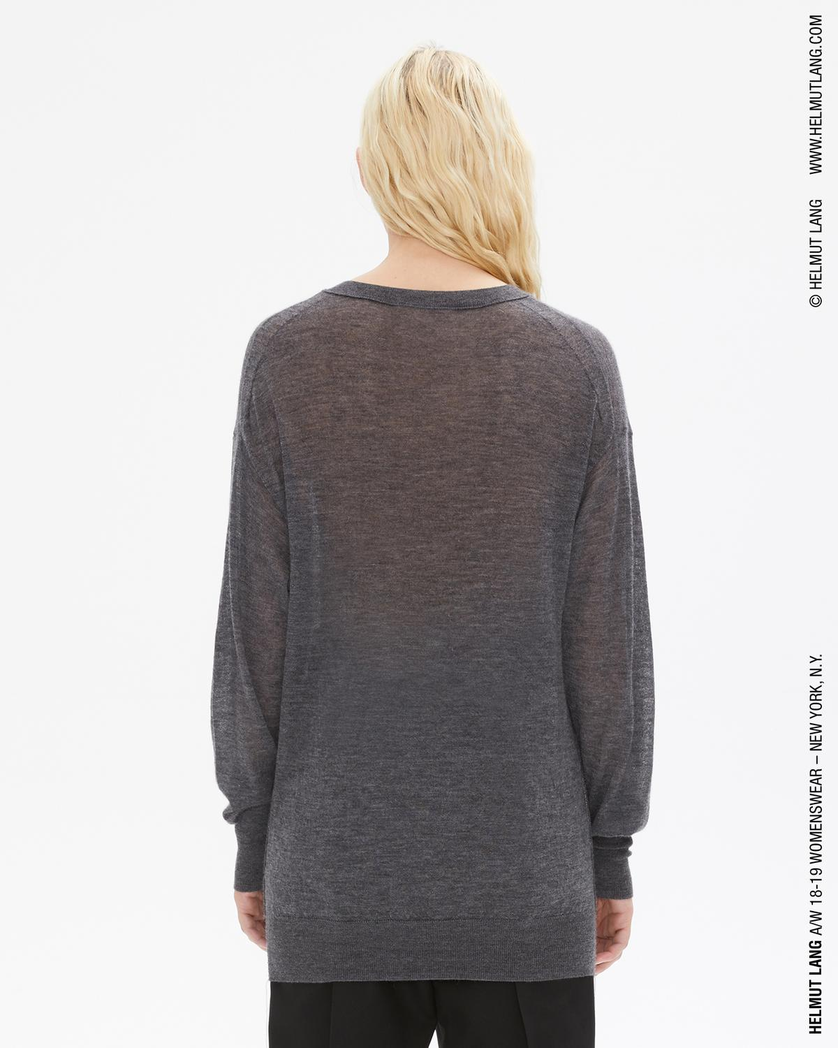 LONG SLEEVE VNECK
