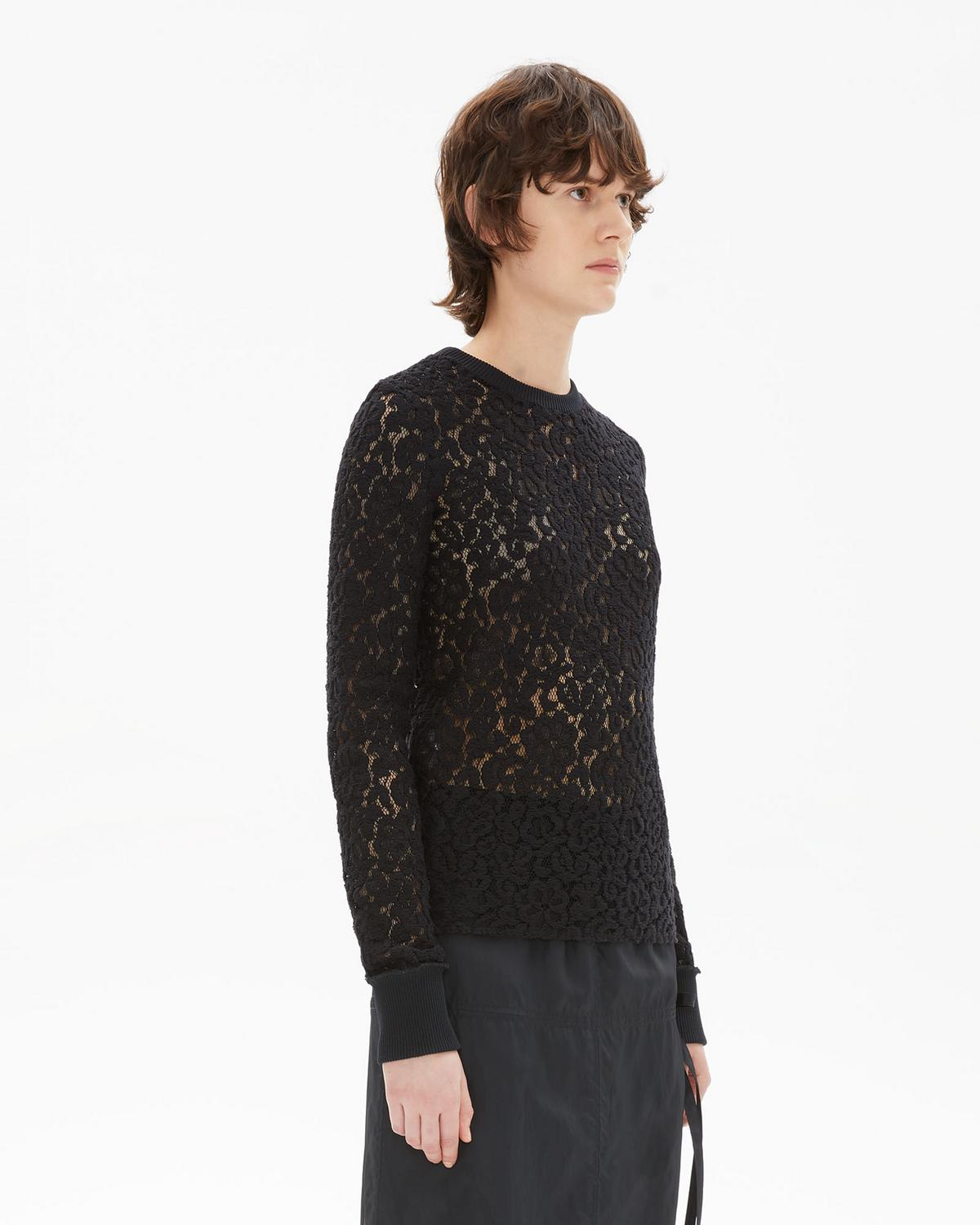 LACE LONGSLEEVE TOP