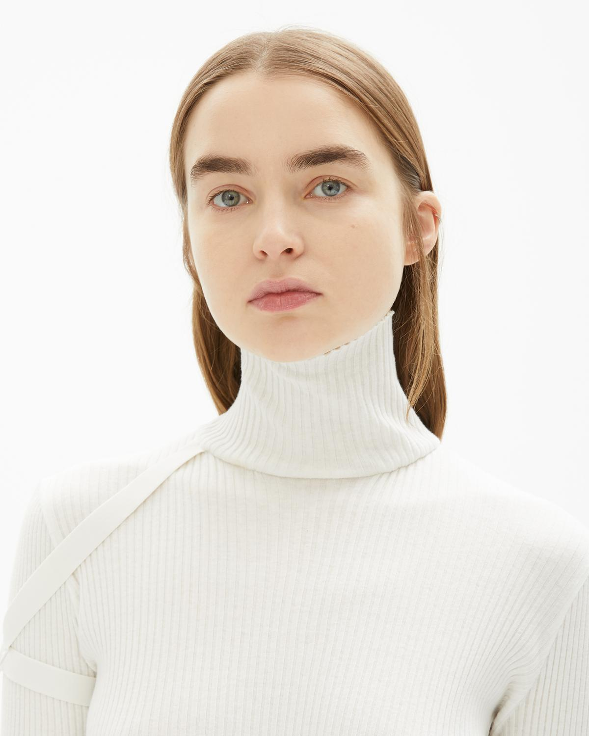 COTTON RIB TURTLENECK TOP