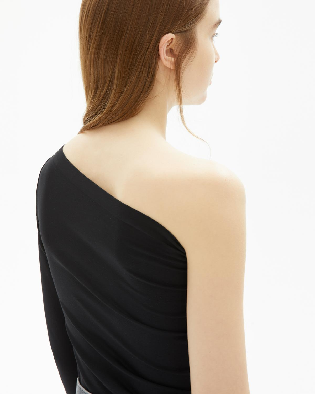 One Shoulder Long-sleeved Top