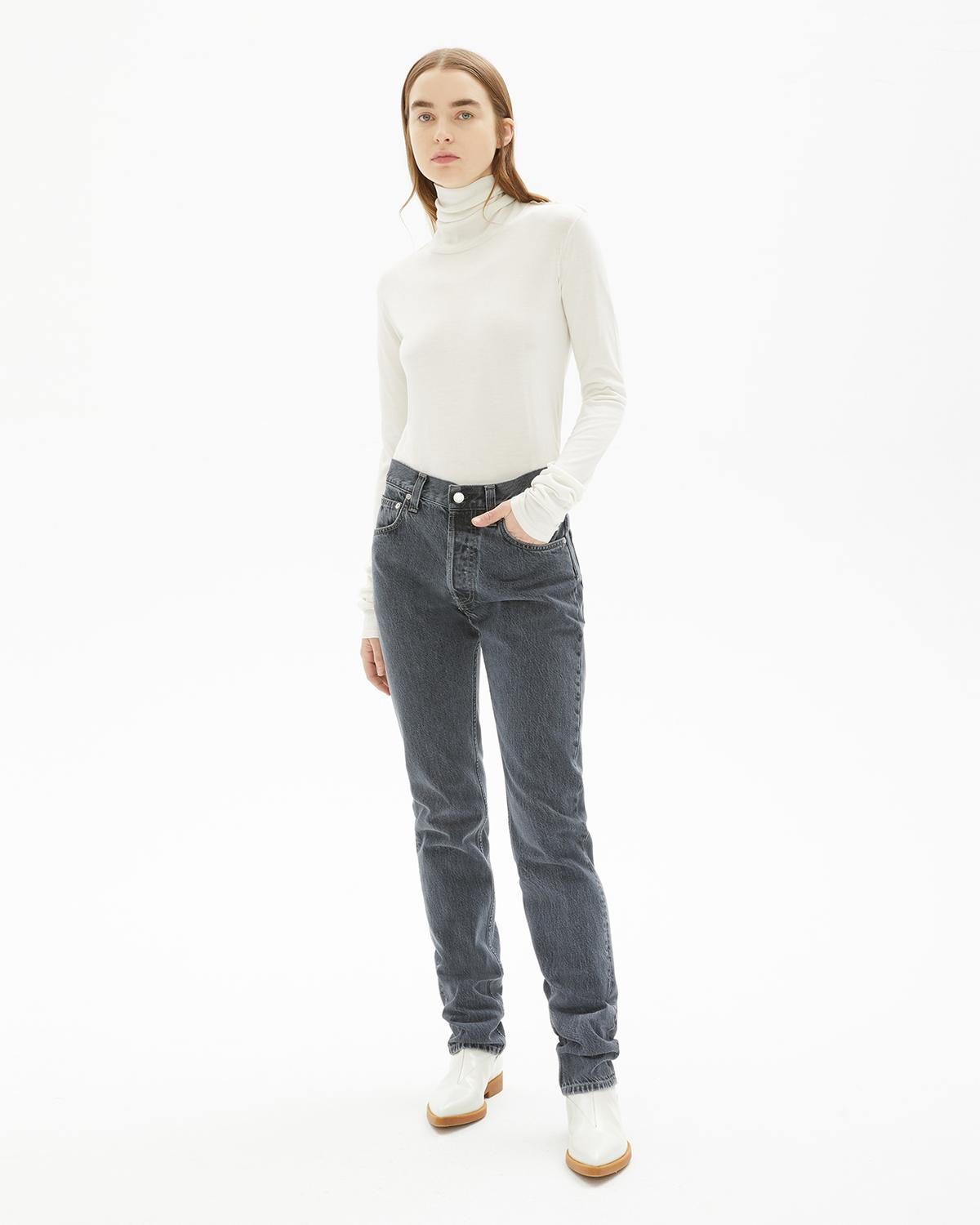 Long Sleeve Twist Turtleneck