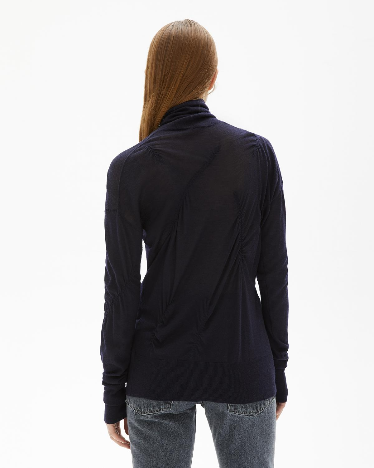 ELASTICATED CASHMERE TURTLENECK