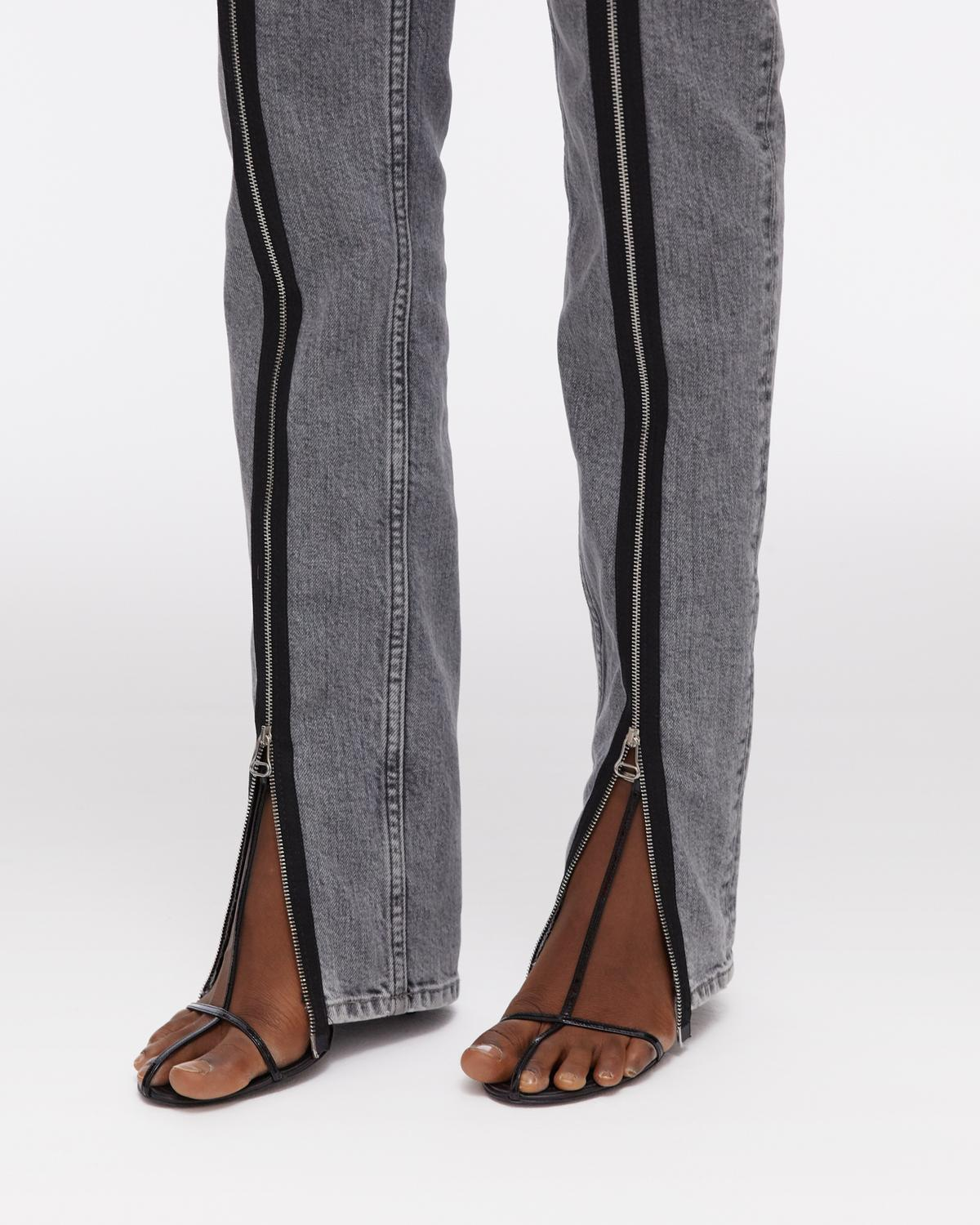 Zippered Femme Hi Spikes Jeans