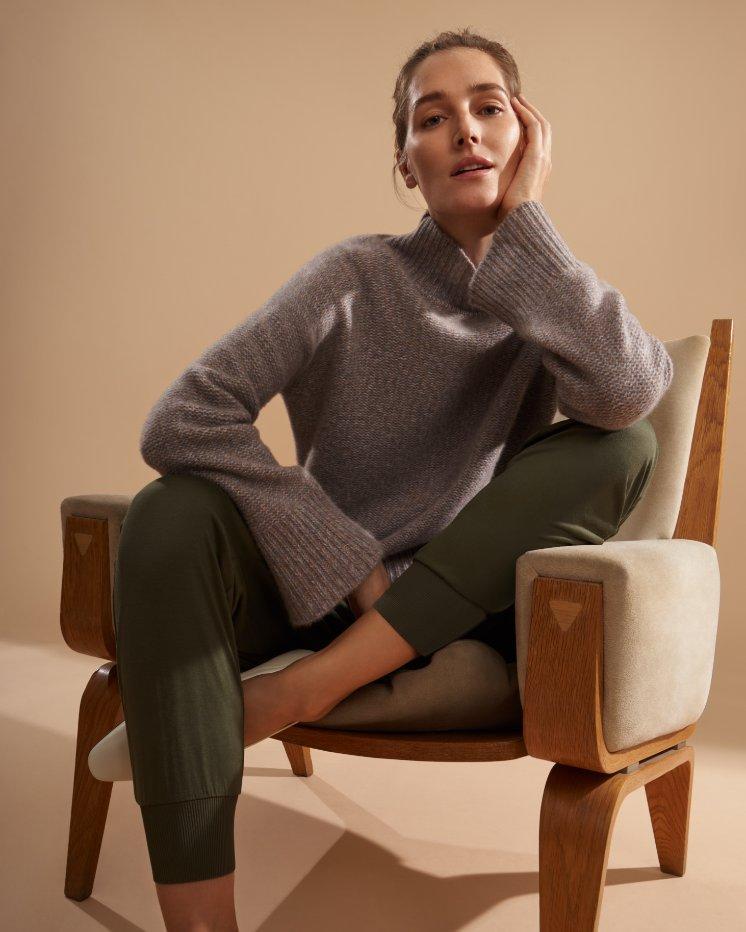 Karenia Turtleneck Sweater in Marled Cashmere