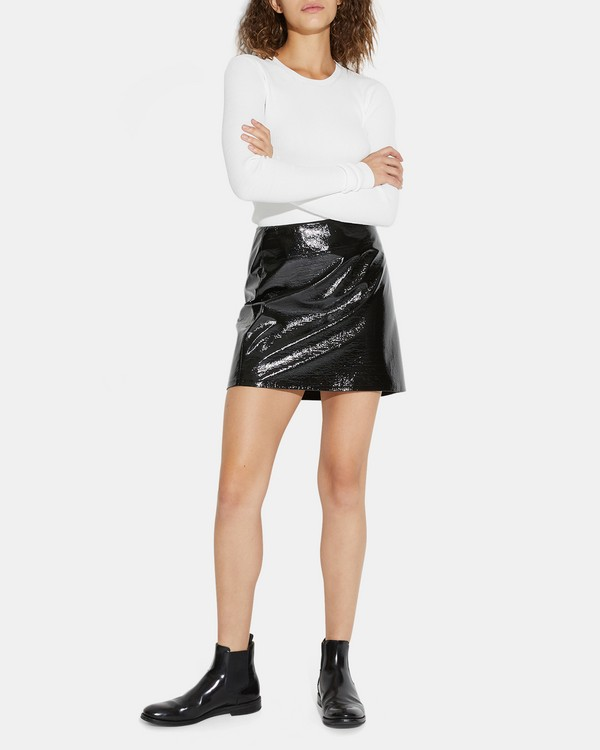 Clean Mini Skirt in Faux Patent Leather