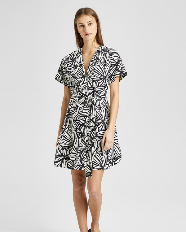 Printed Everyday V-Neck Shift Dress