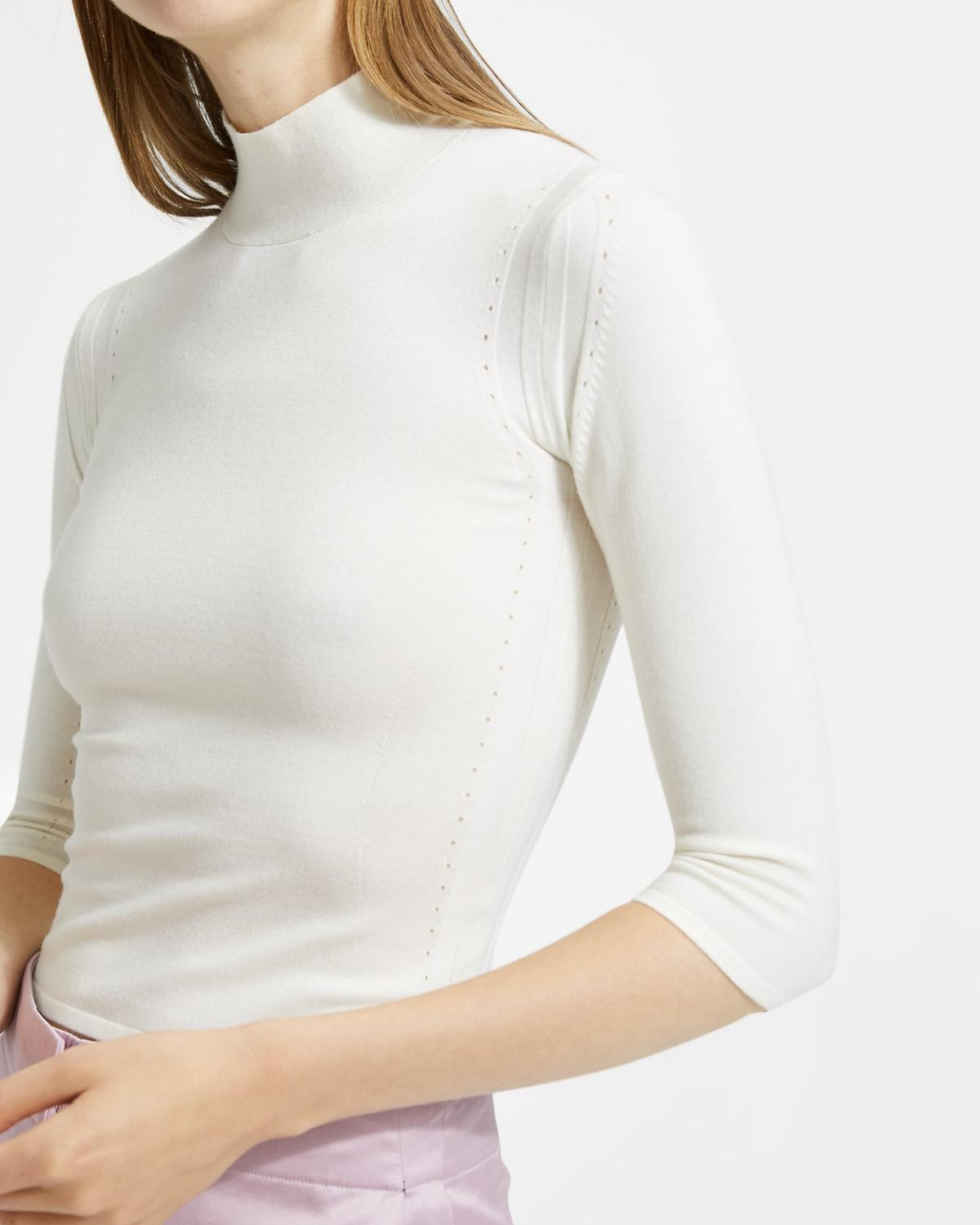 Fitted Turtleneck Shell