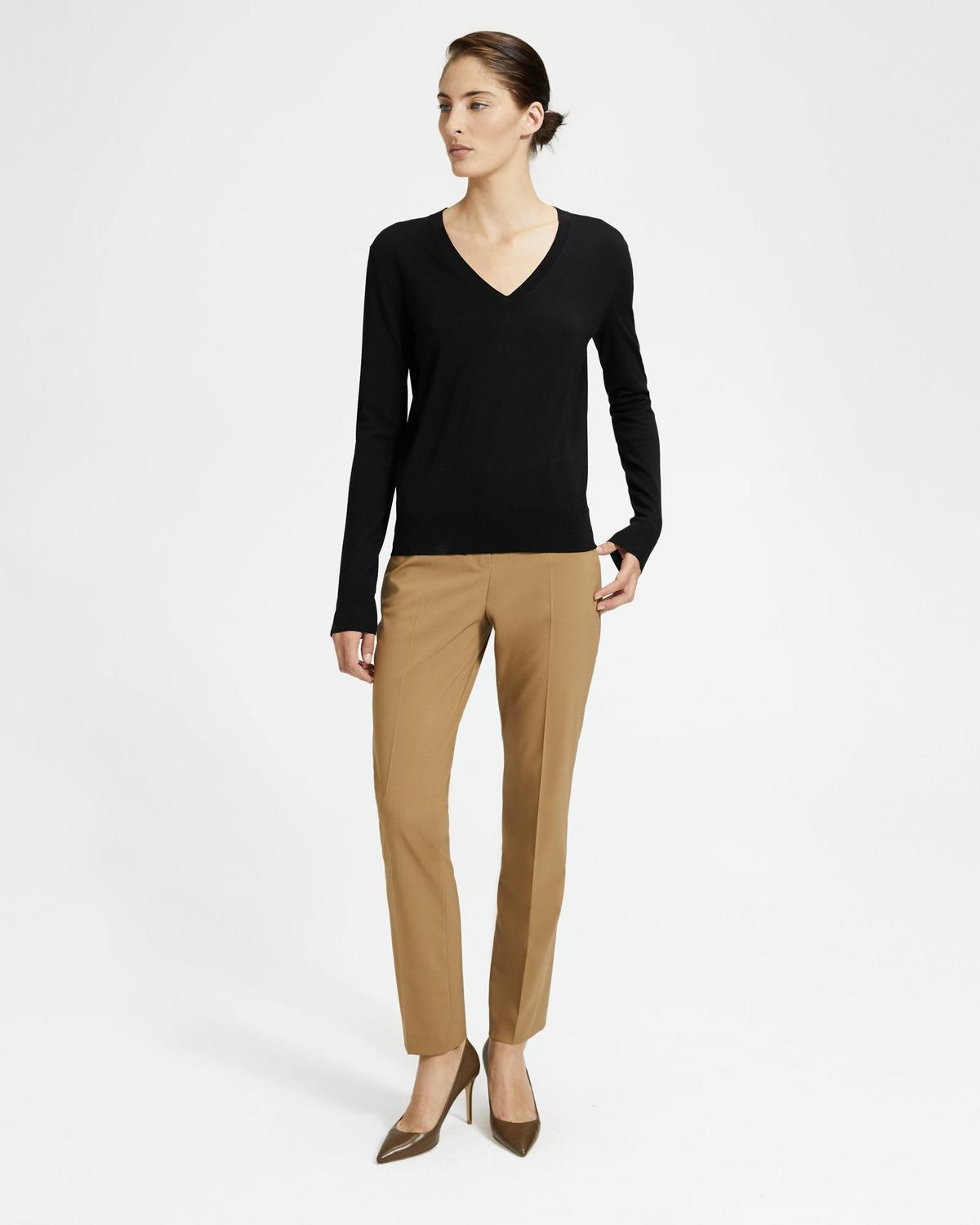 Travel Wool Tailored Trouser