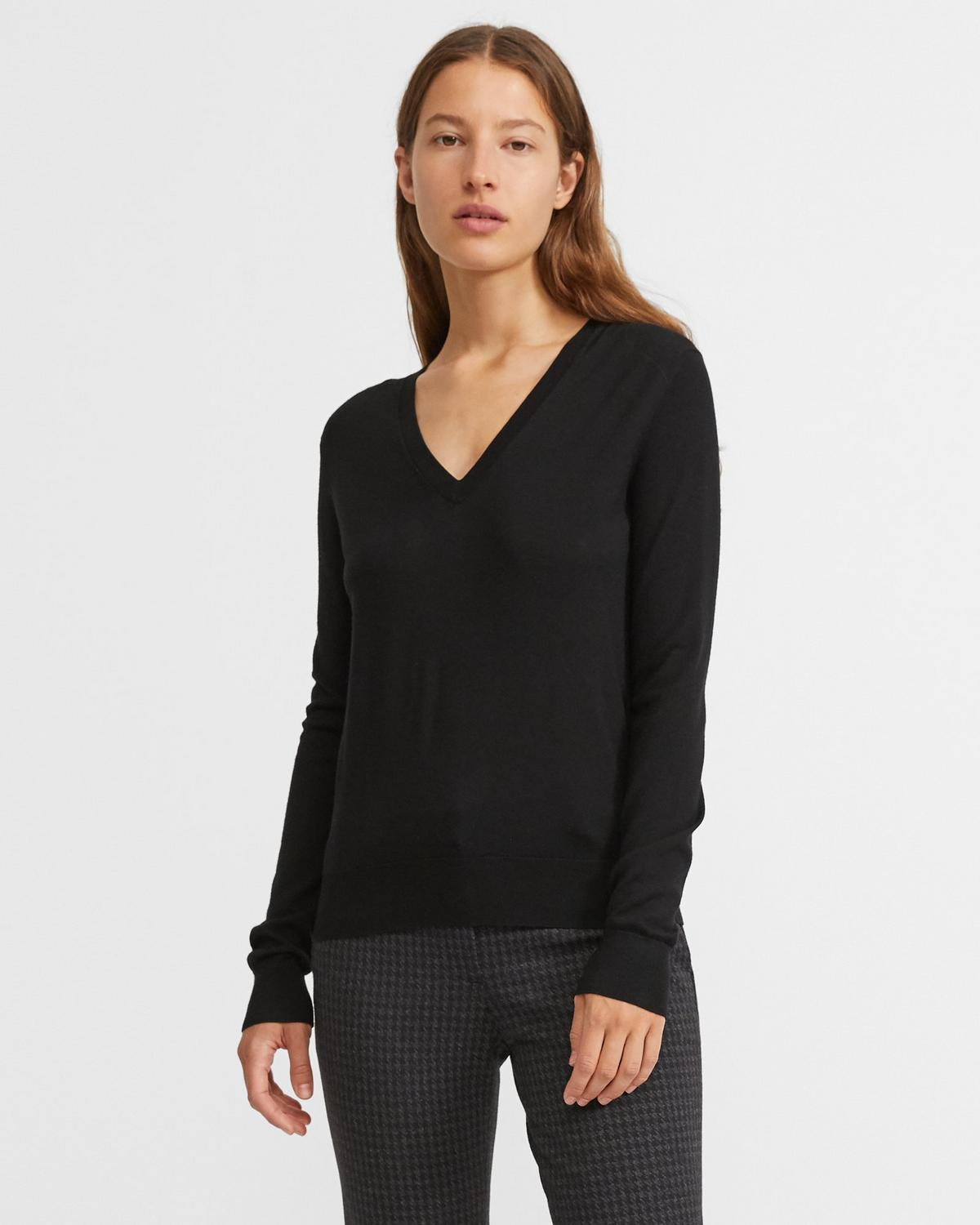 Regal Wool V-Neck Pullover