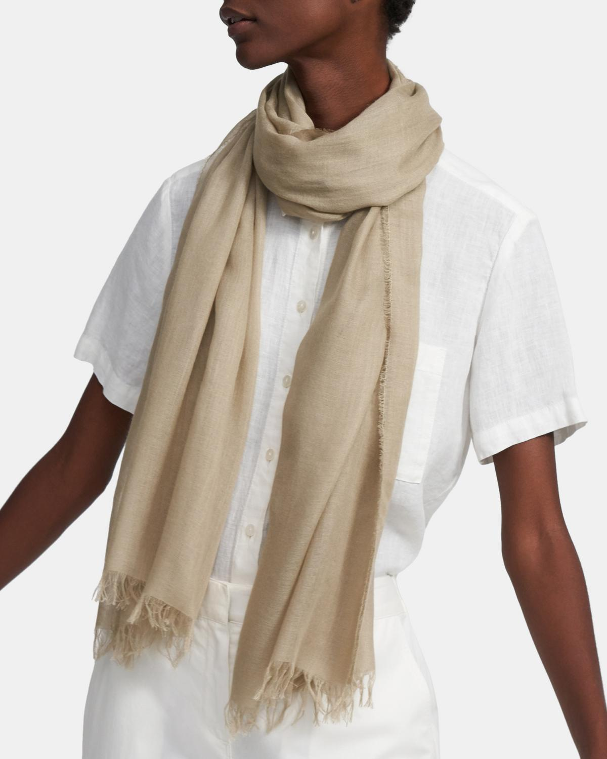 Oversized Fringe Scarf in Viscose-Wool Blend