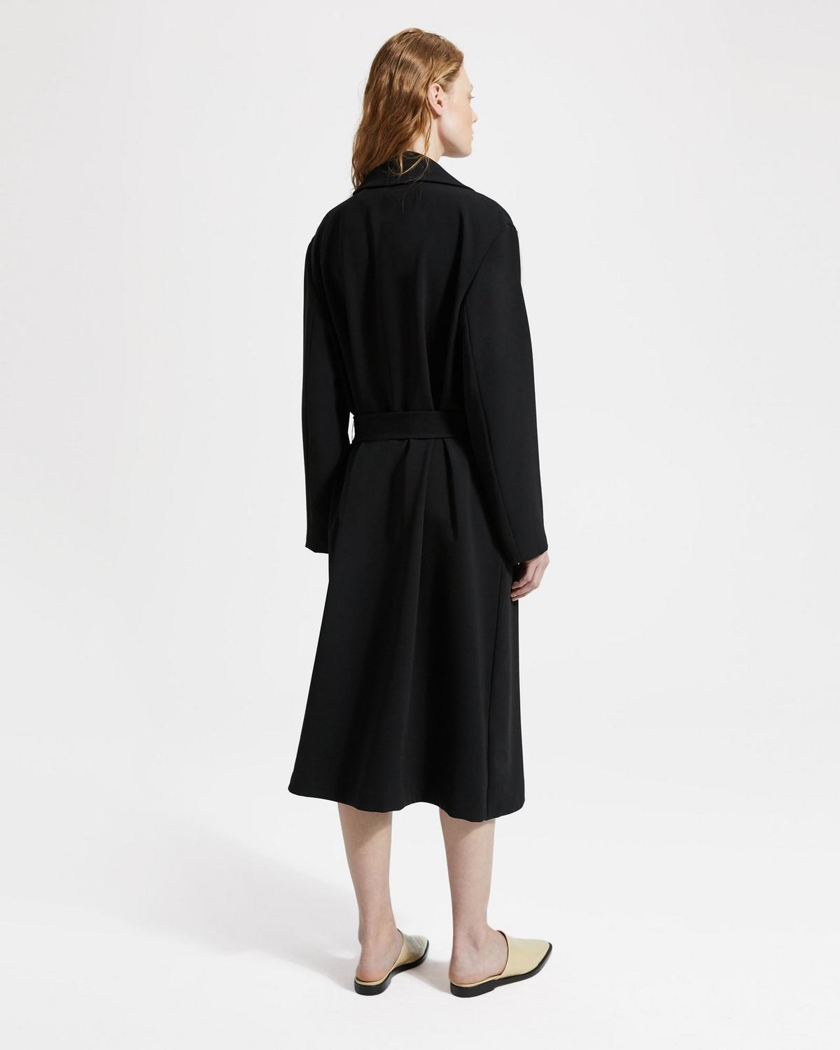 Classic Crepe Simple Trench