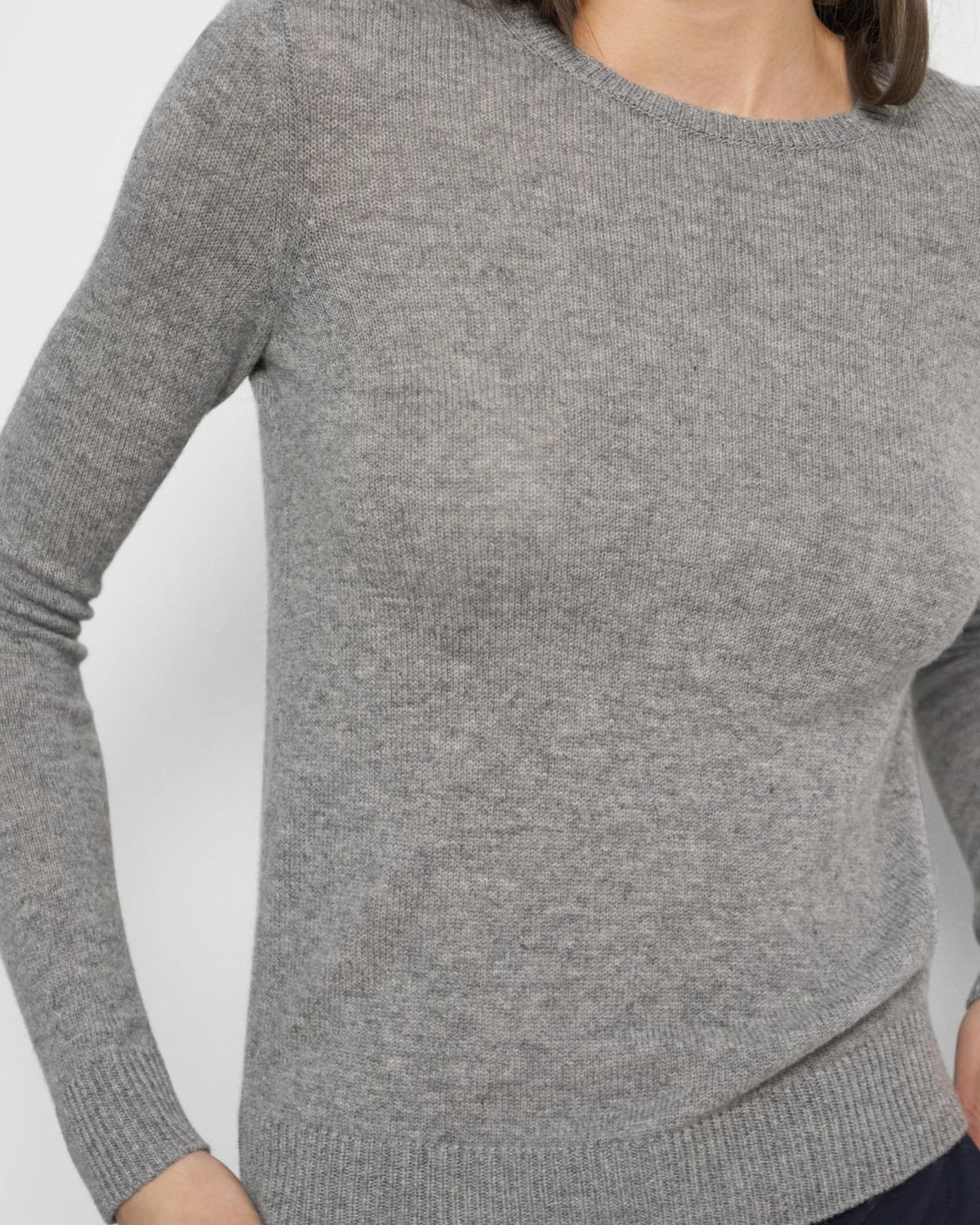 Crewneck Sweater in Feather Cashmere