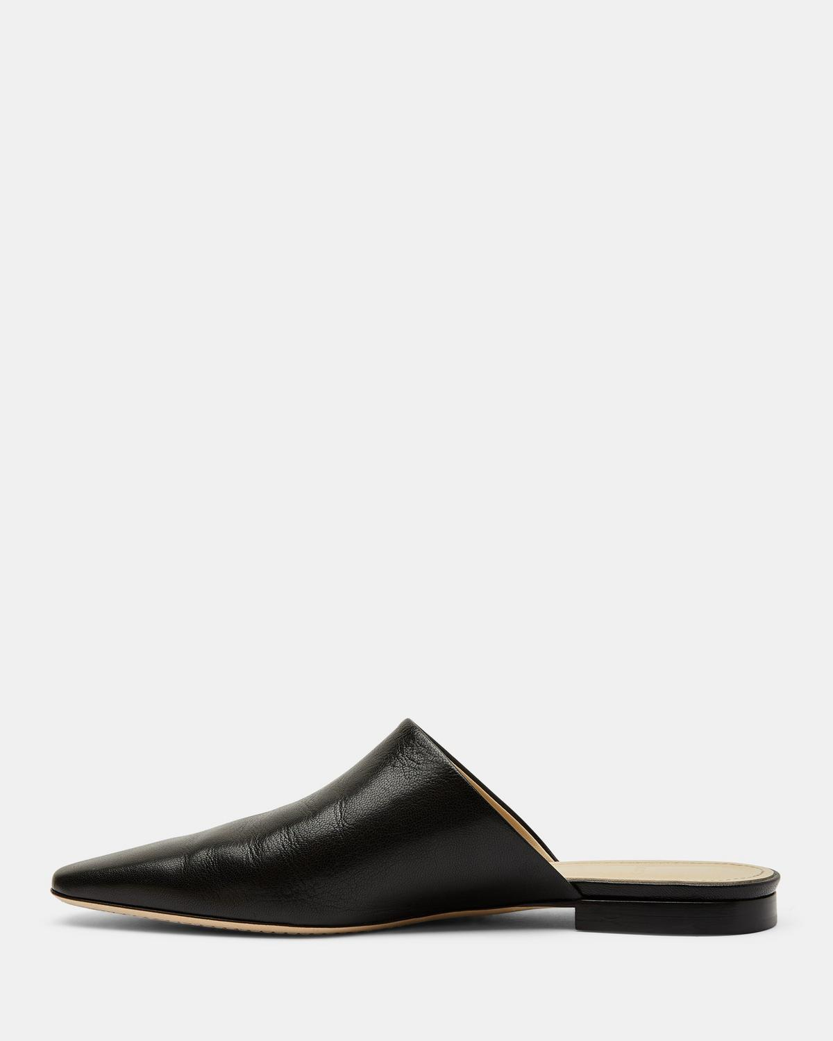 Slide Sandal in Leather