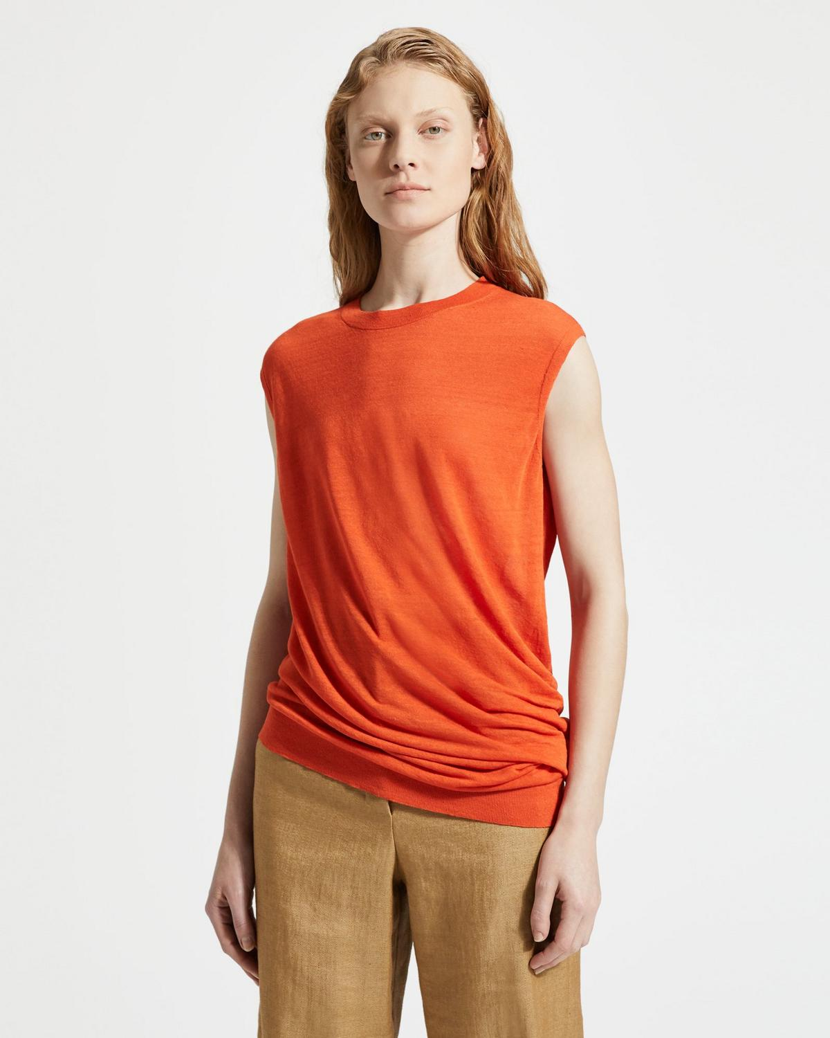 Asymmetric Shell Tank
