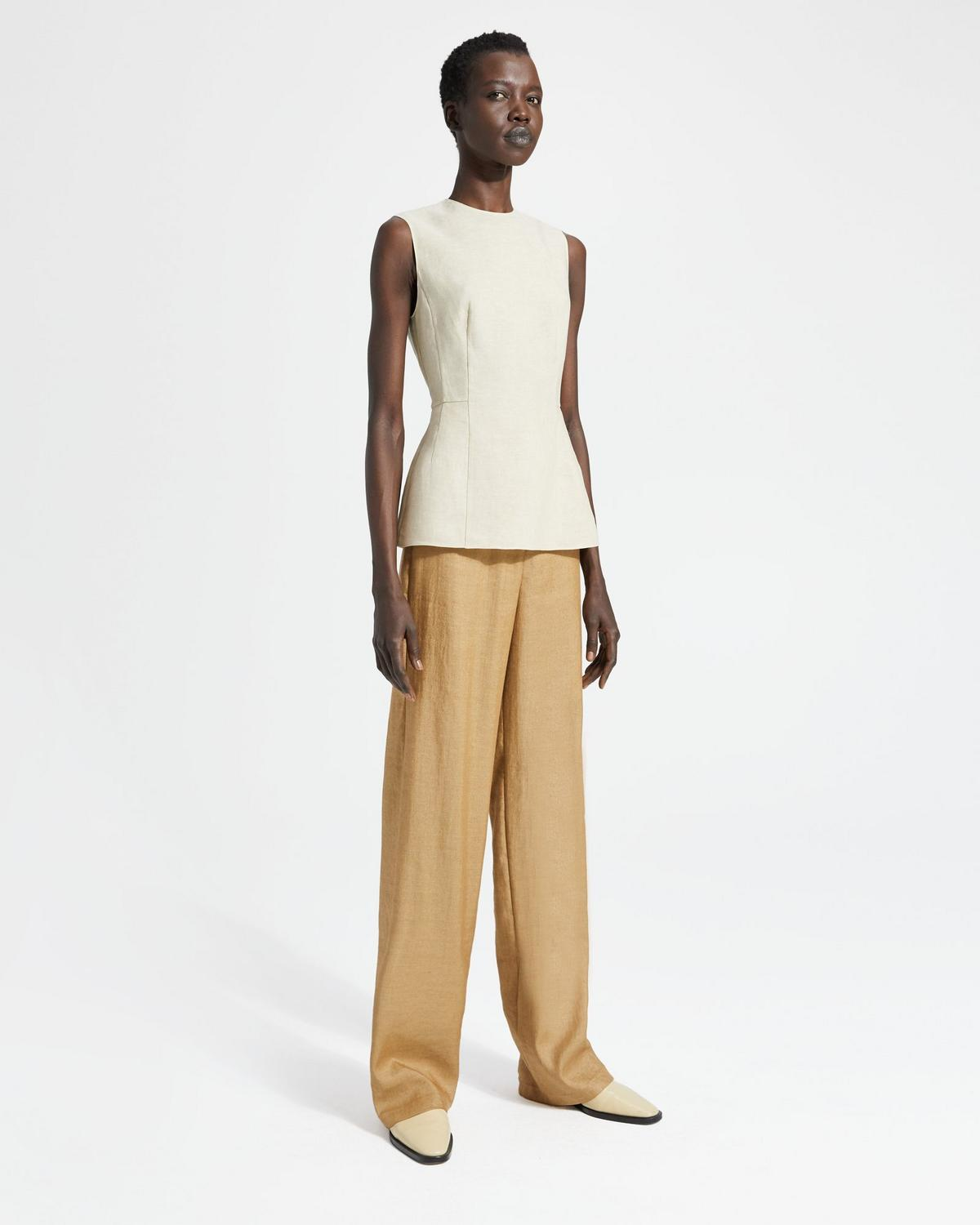 Pure Linen Paneled Top