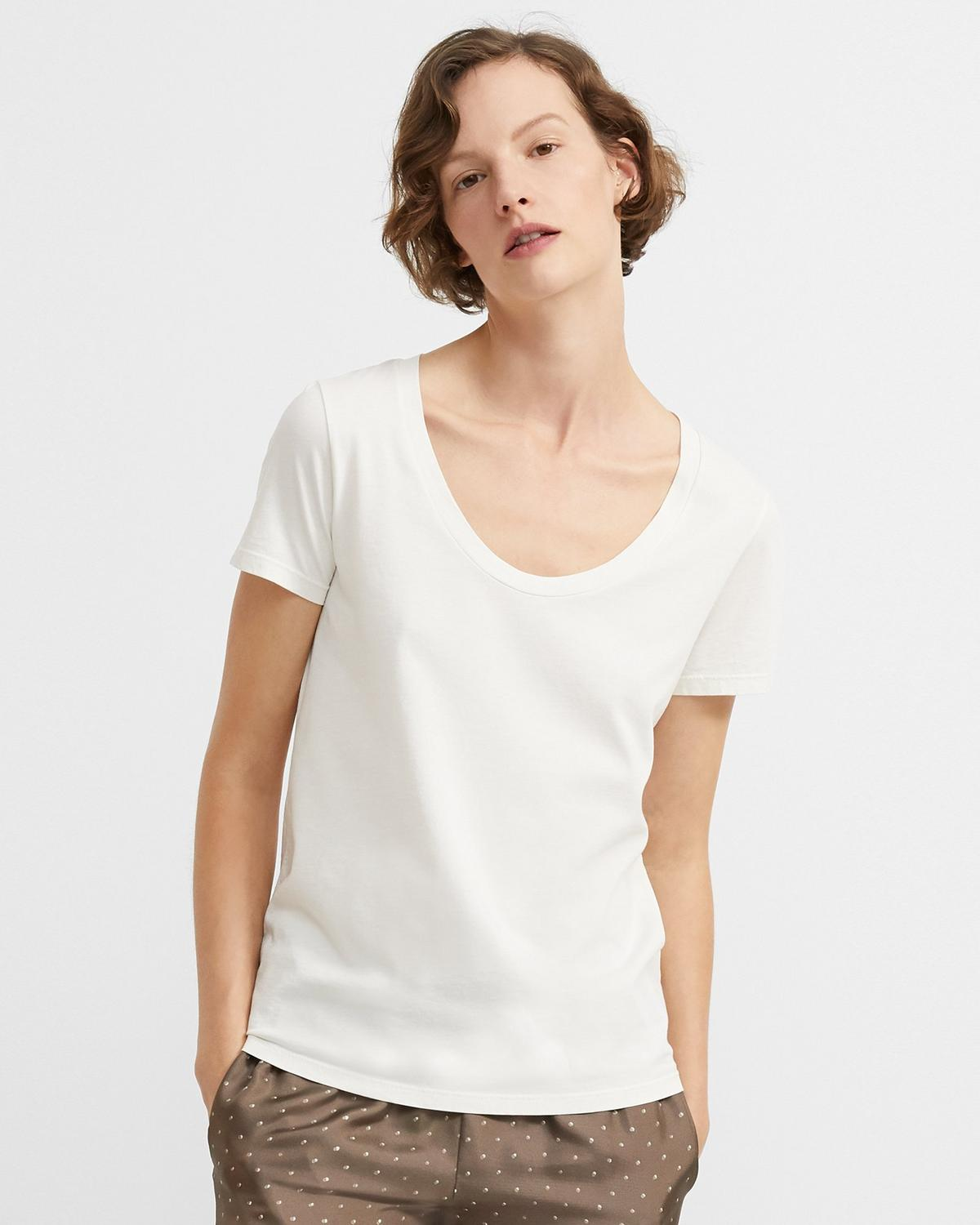 Easy Scoop Tee