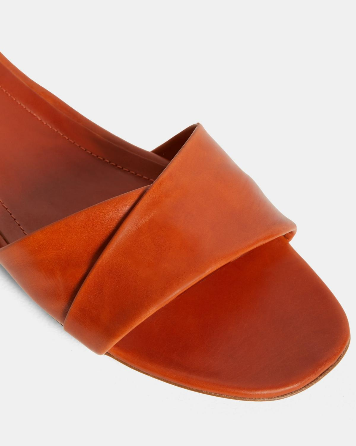 Folded Slide in Leather
