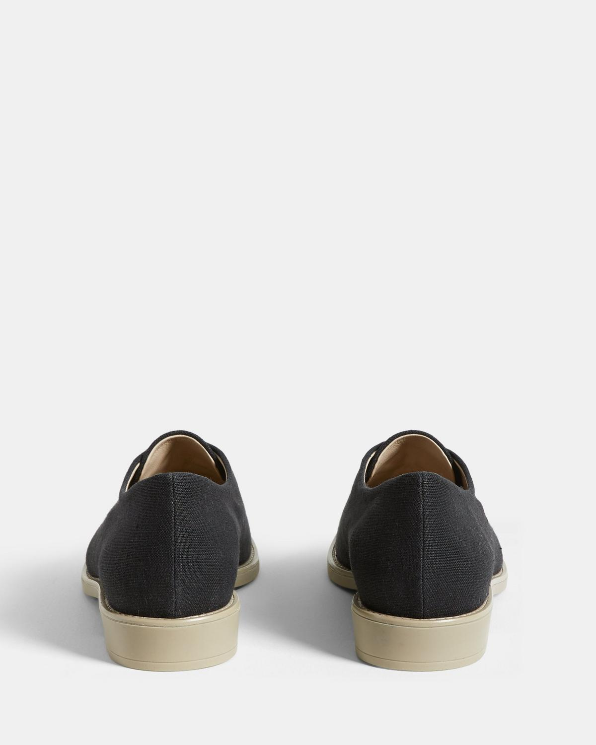Linen Lace-Up Shoe