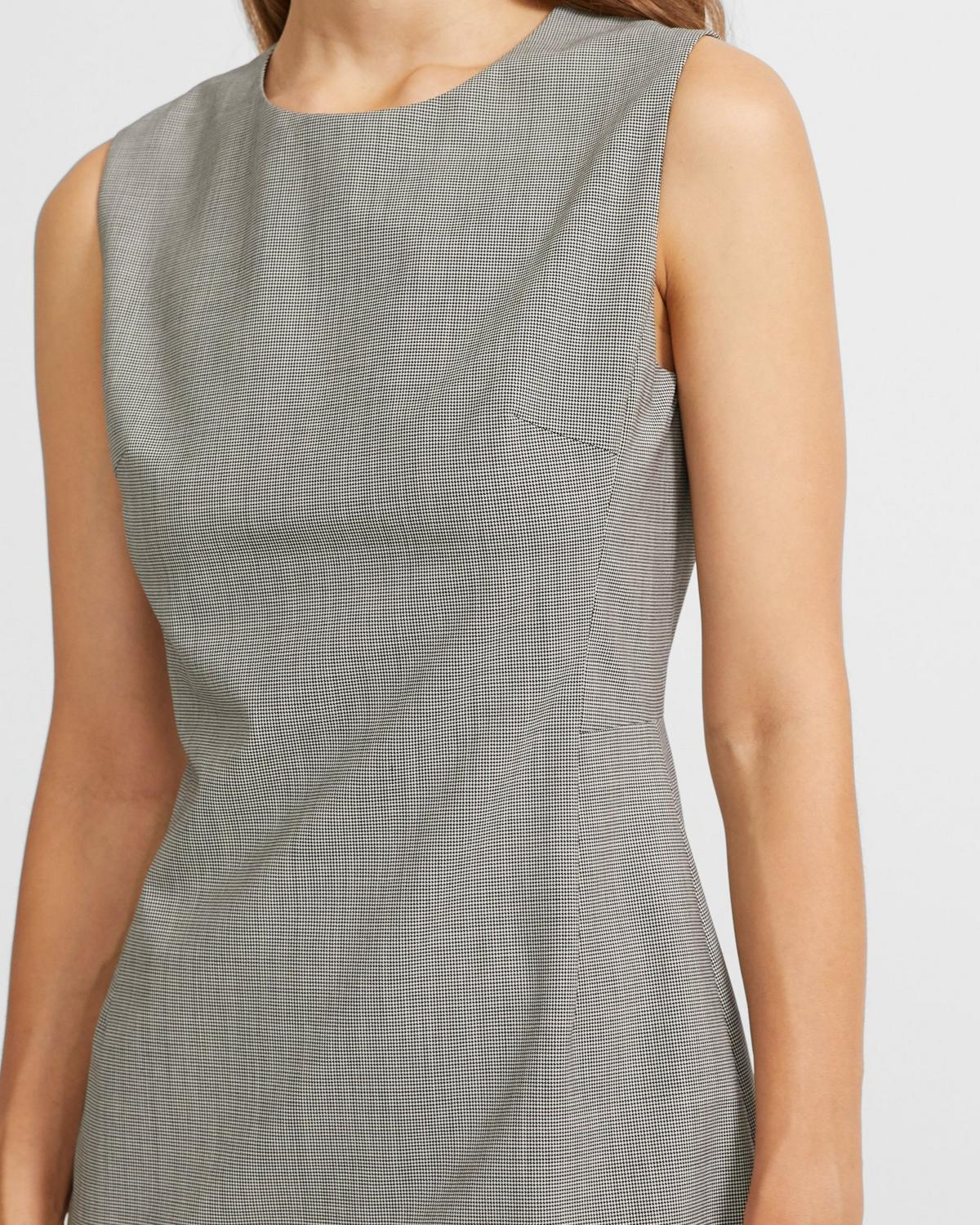 Sleeveless Fitted Dress in Houndstooth Good Wool
